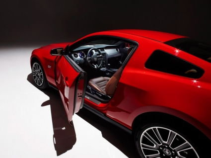 The 2010 Mustang Wallpaper Ford Cars