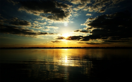Twilight at Sunset Widescreen