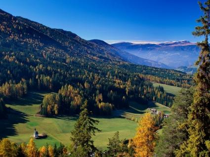 Valley Vista Wallpaper Italy World