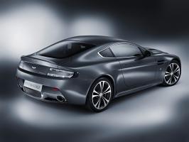 2010 Aston Martin V12 Vantage 2