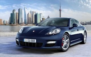 2010 Porsche Panamera 9