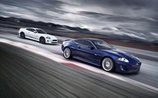 2011 Jaguar XKR 4