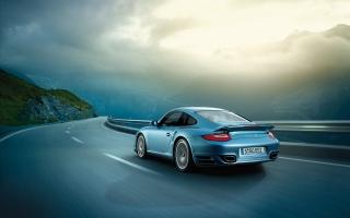 2011 Porsche 911 Turbo S 2