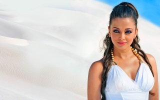 Actress Aishwarya rai in Robo