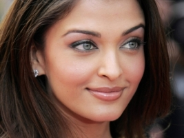 Aishwarya Rai Smile Wallpaper Aishwarya Rai Female celebrities