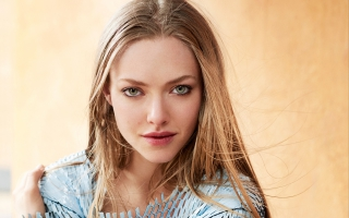 Amanda Seyfried Vogue Magazine
