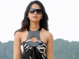 Anushka Tollywood Girl
