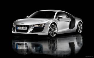 Audi R8 13