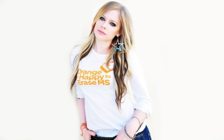Avril Lavigne 2013