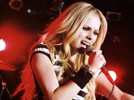 Avril Lavigne Live HD (4)