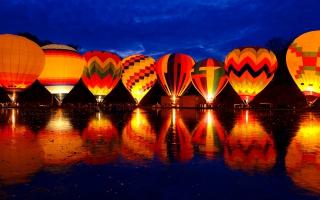 Balluminaria Hot Air Balloon Glow Festival