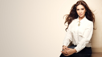 Bollywood Actress Kim Sharma