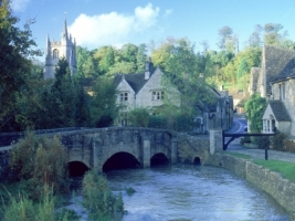 Castle Combe Wallpaper England World