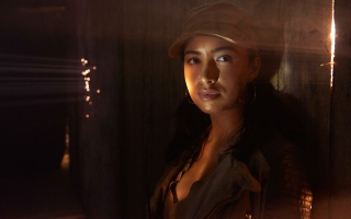 Christian Serratos in Walking Dead Season 5