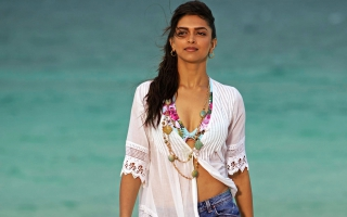 Deepika Padukone in Break Ke Baad