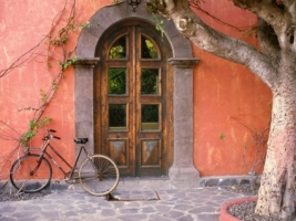Doorway and Bicycle Wallpaper Mexico World