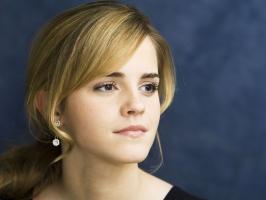 Emma Watson Getting Glow in Face HD