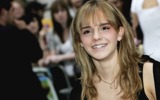 Emma Watson HD Smile Wide Screen