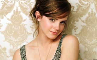 Emma Watson Hot Looks
