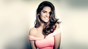 Esha Gupta Indian Actress