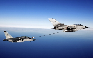 Fighter Aircraft Air to Air Refueling