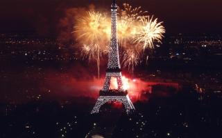 Fireworks at Eiffel Tower