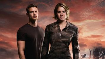 Four Tris Divergent Allegiant