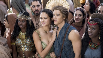Gods of Egypt Courtney Eaton Brenton