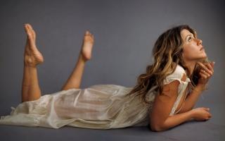 Jennifer Aniston 42