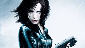 Kate Beckinsale as Vampire