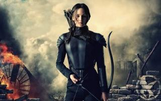 Katniss Hunger Games Mockingjay