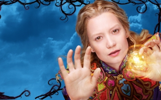 Mia Wasikowska Alice Through the Looking Glass