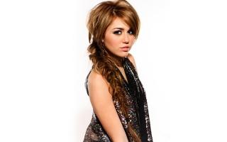Miley Cyrus 80