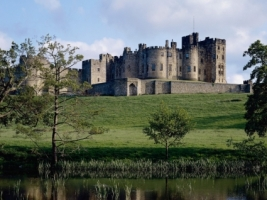 Northumberland Castle Wallpaper England World