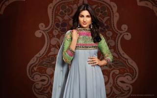 Parineeti Chopra Fashion