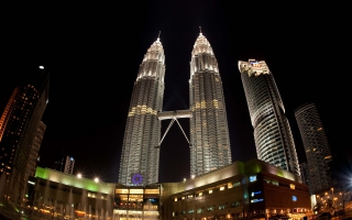 Petronas Towers Night View