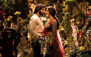 Ranveer Deepika in Ram Leela