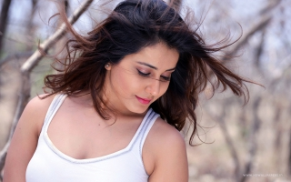 Rashi Khanna Telugu Actress
