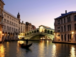 Rialto Bridge Wallpaper Italy World