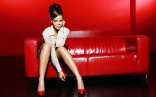 Rihanna 2011 New