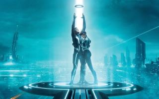 Sam Flynn Quorra Tron Legacy