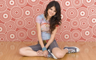 Selena Gomez Widescreen