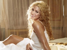 Shakira Smile Wallpaper Shakira Female celebrities