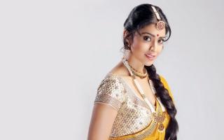 Shriya Saran 4K