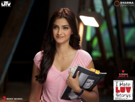 Sonam Kapoor in I Hate Luv Storys