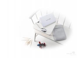 Sony VAIO Milky White