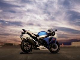 Suzuki GSX R1000 Wallpaper Suzuki Motorcycles