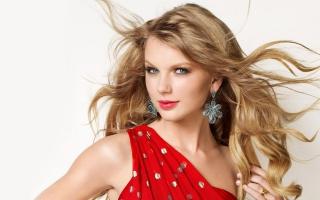 Taylor Swift 22